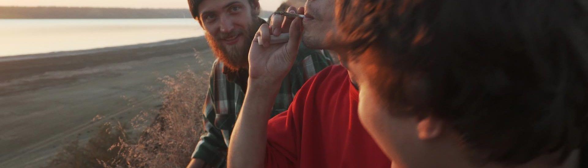 Millenials sostienen y potenciarán la industria del cannabis